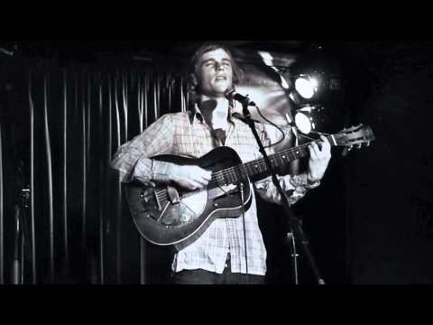 Johnny Flynn : Brown Trout Blues & Been Listening : The Luminaire 6 March 2011