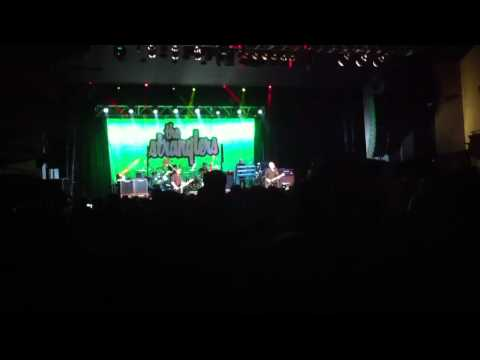 The stranglers - peaches - Southend cliffs 13/03/15