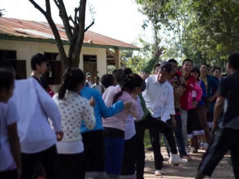 ครูบ้านนอกสัญจร รุ่นที่ 28  โรงเรียนชนเผ่าห้วยทราย  สปป.ลาว