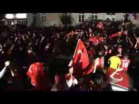 E.M Turkiye Yarifinalda  E.M Halbfinalle Rheda Wiedenbruck