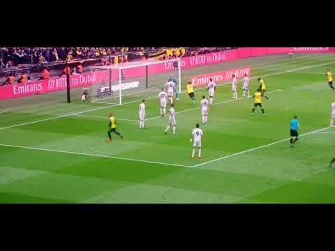 Craziest Skills Ronaldo Neymar Messi Ronaldinho