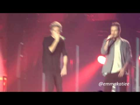 One Direction - What Makes You Beautiful | Sheffield