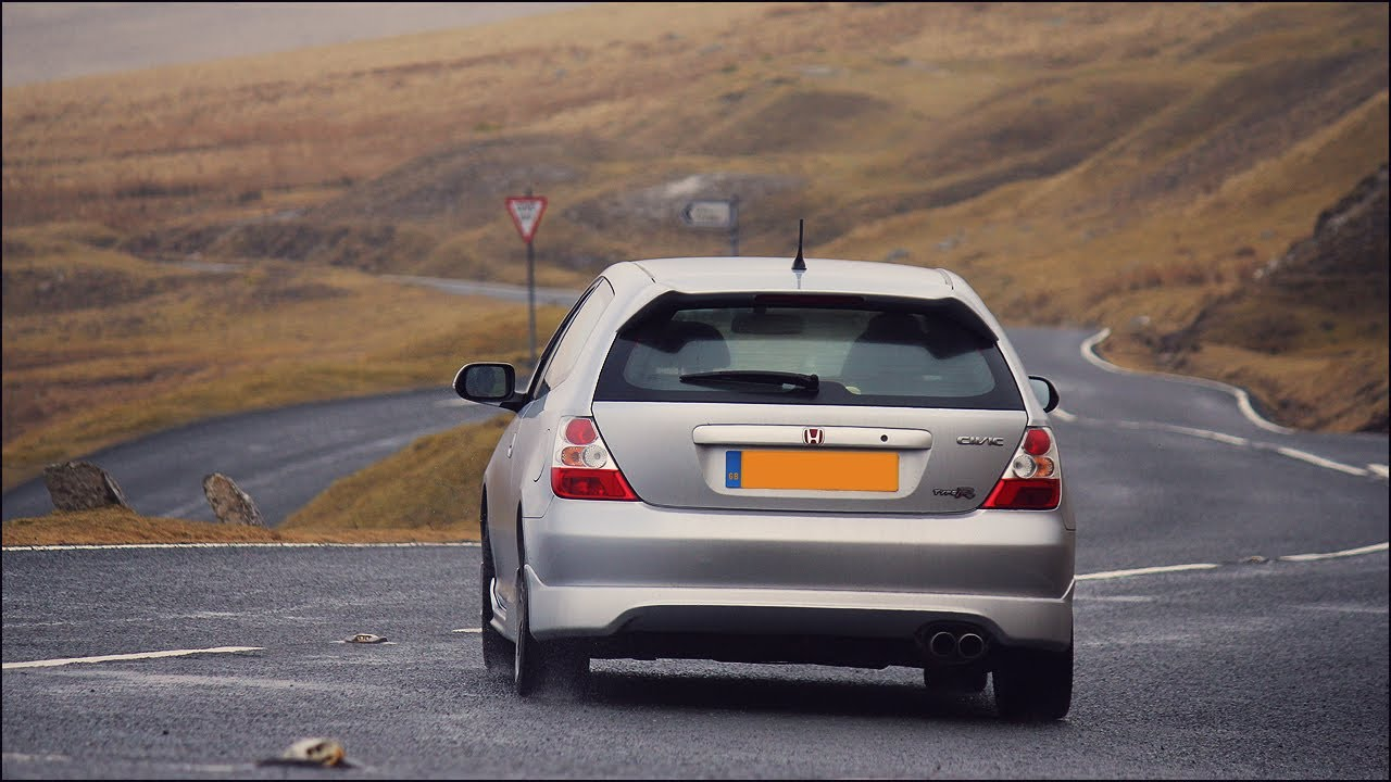 honda civic type r ep3 on the a4069 black mountains youtube. Black Bedroom Furniture Sets. Home Design Ideas