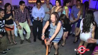 Locura total en la fiesta en Bayshore New York