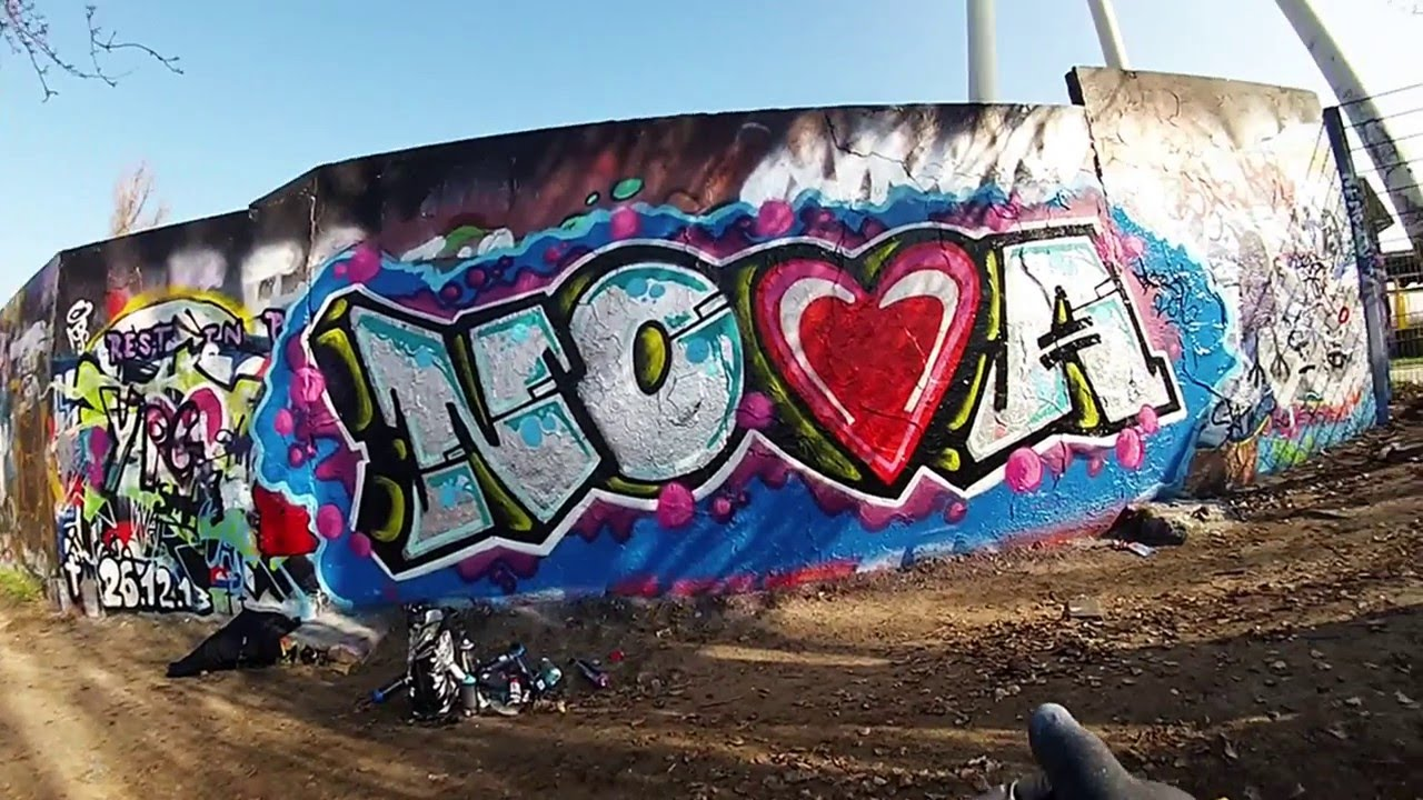 Graffiti Nova In Mauerpark Berlin