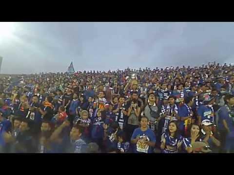 Aremania di Stadion Dipta Gianyar, Arema vs Mitra Kukar (sebelum kick off)