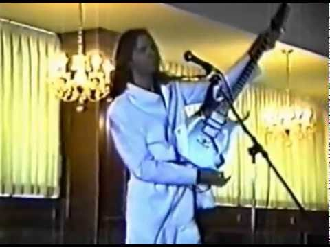 PAUL GILBERT - GUITAR CLINIC VANCOUVER CANADA 1999