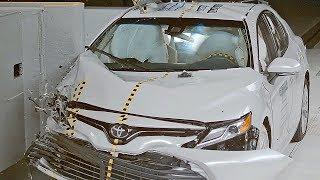 Toyota Camry (2018) IIHS Crash Test