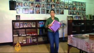 Download Video Filipina 'comfort women' await Japanese apology MP3 3GP MP4