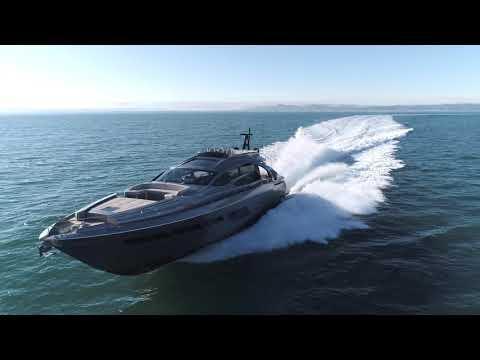 Luxury Yacht - Pershing 8X - Ferretti Group America