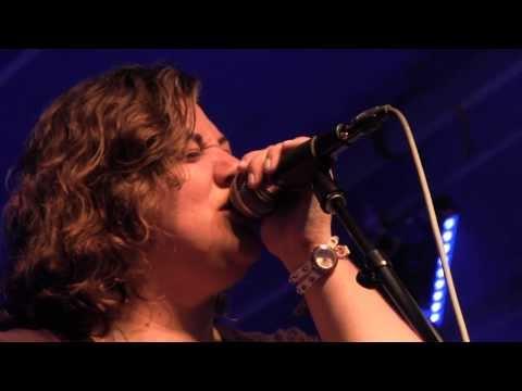 Jen Hartswick - Soul Shadows live (pro audio)
