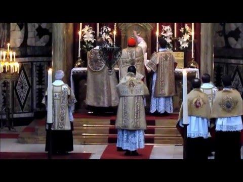 Liturgical comparison: Orthodox vs Catholic