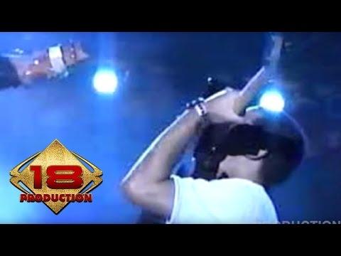Ungu - Ciuman Pertama (Live Konser Bali 27 April 2006)