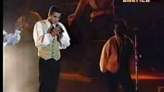 MENUDO - MIL ANGELES CONCIERTO EN EL COLISEO DIBOS .LIMA  PERÚ 1993.wmv