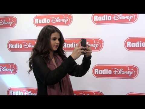 Selena Gomez Selfies | Radio Disney