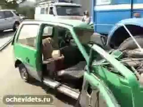 На выезде из Курска кроссовер сбил 10-летнюю девочку на пешеходном .