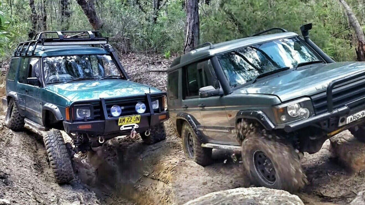 Discovery 1 vs Discovery 2 4x4 Battle - V8 vs TD5 - YouTube