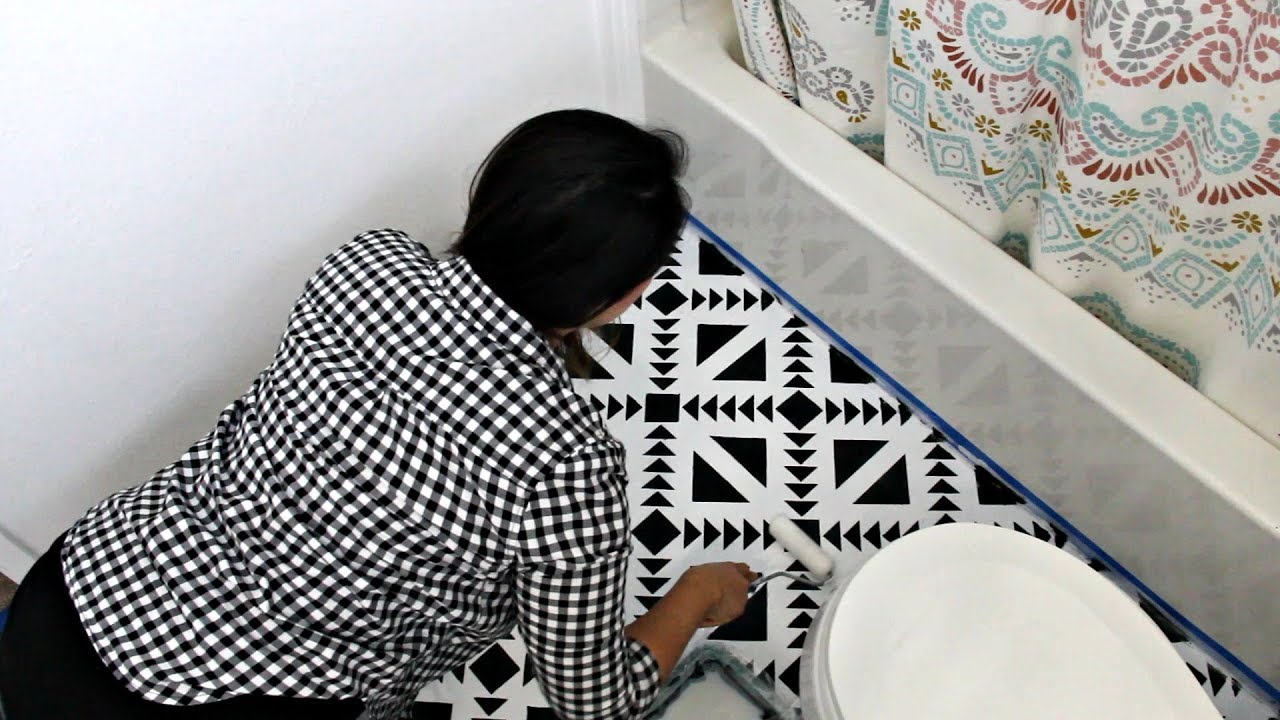 How To Stencil Black Amp White Floor Tiles For Diy Bathroom