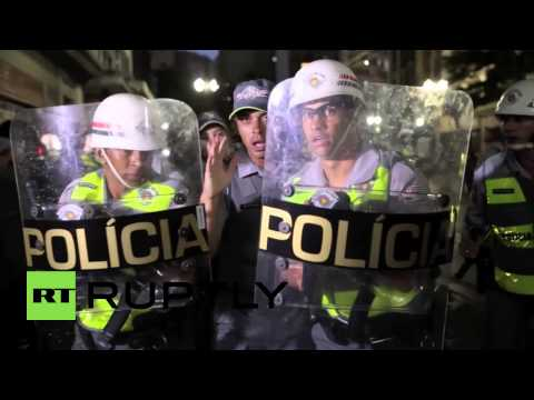 Brazil: Anti-World Cup protesters vandalise shops in Sao Paulo