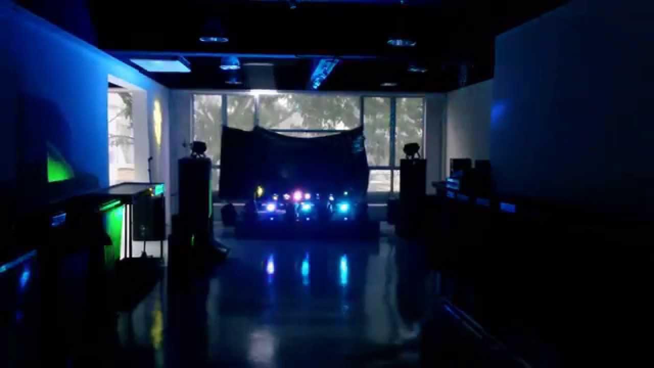 moving head led light led parcan in dark room