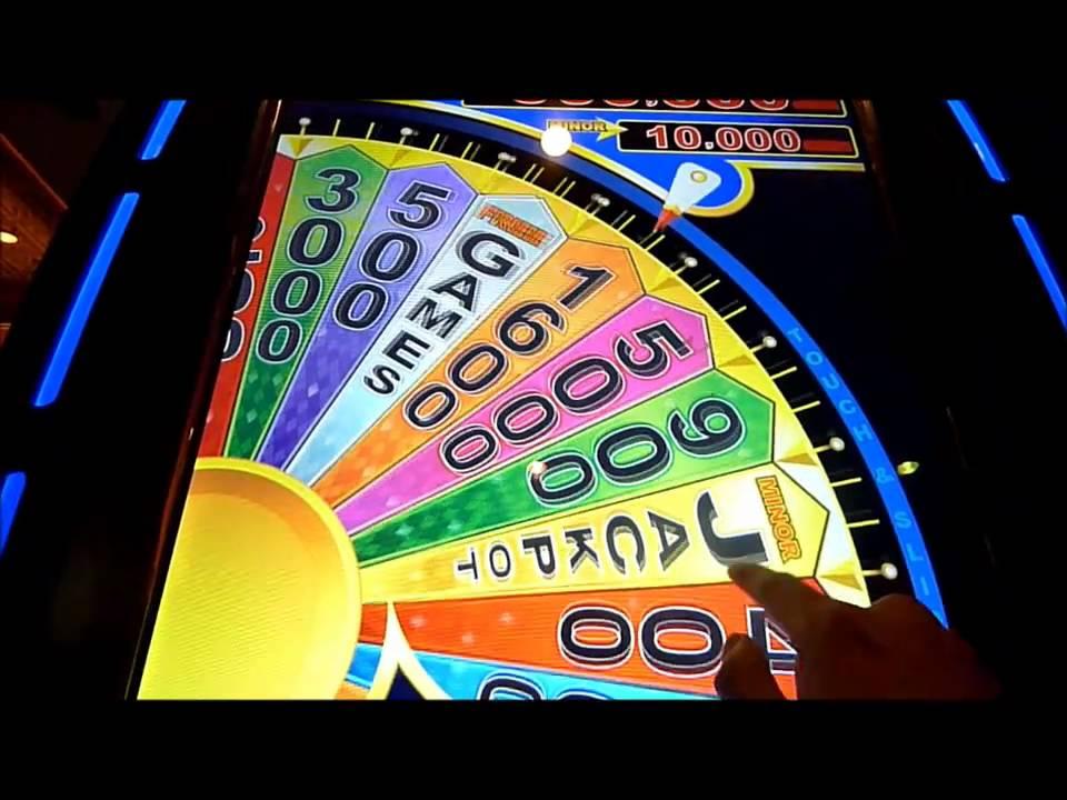 Spin win slot machine casino jackpots 2017