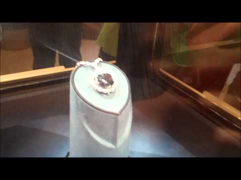 The Hope Diamond - The Smithsonian Museum of Natural History