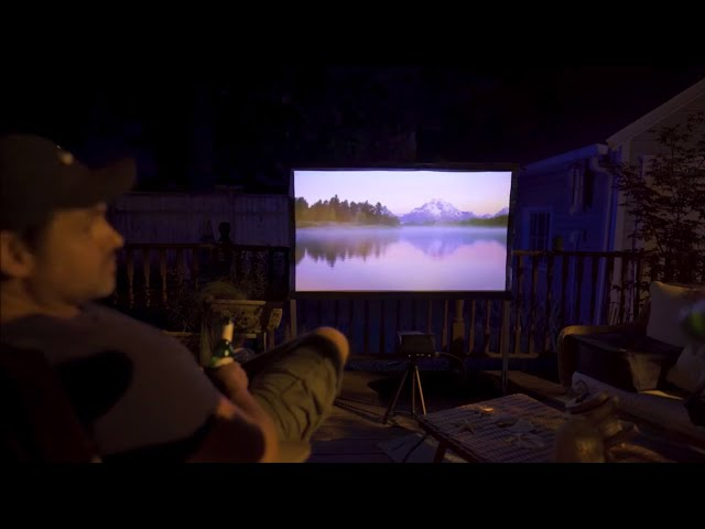 SpareChange Reviews The MosicGO® Outdoor UST Projector & Yard Master2 Projector Screen​