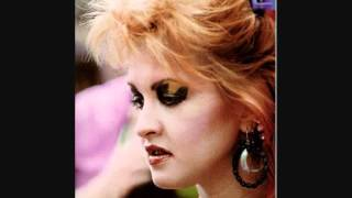 Cyndi Lauper - True colors acoustic (the body acoustic)