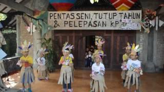 Video Tarian Sajojo Anak-anak KP Besar TK Mata Air Yogyakarta download MP3, 3GP, MP4, WEBM, AVI, FLV Oktober 2018