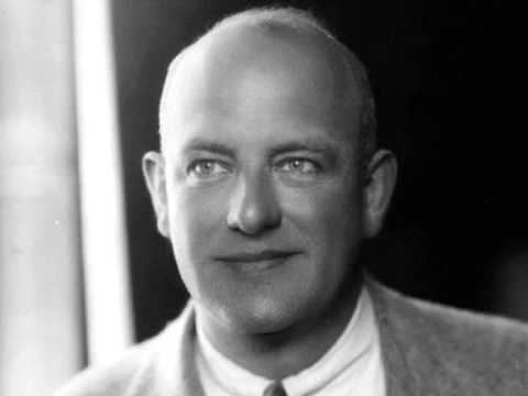 Смотреть P. G. Wodehouse discussing Jeeves and Wooster (1960s Interview) онлайн