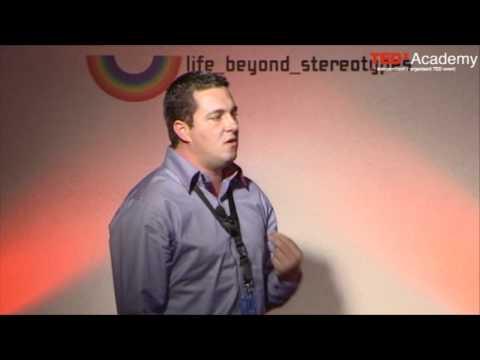 TEDx Youth@Academy 2011 Mihalis Tsigkenis: Δουλεύοντας με βασίλισσες