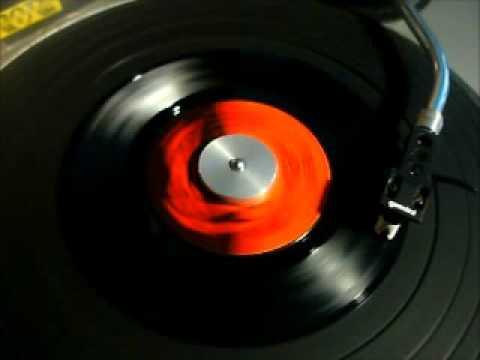 ABBA - Dancing Queen on Vinyl