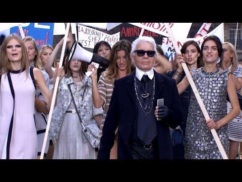 Karl Lagerfeld, icône absolue de la mode