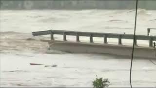Texas flooding causes bridge collapse, evacuation