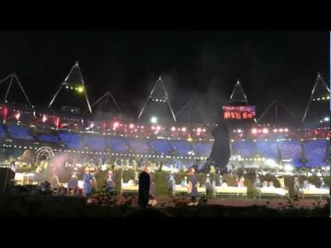 London 2012 Opening Ceremony: tribute to the NHS/children's literature
