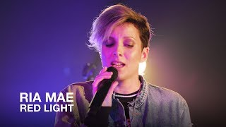 Ria Mae | Red Light | First Play Live
