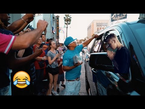 JUSTIN BIEBER ON HOLLYWOOD BOULEVARD LOOK-A-LIKE PRANK JAKE PAUL (INSANE!!!)