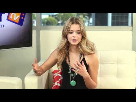 Sasha Pieterse 'Pretty Little Liars' Halloween Special SPOILERS Part 1