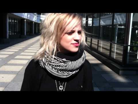 Haloo Helsingin Elli haastattelussa!