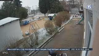 В Севастополе из окна детского сада выпал двухлетний ребенок