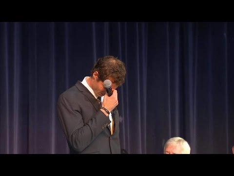 Andy Murray Struggles To Hold Back Tears As He Accepts Freedom Of Stirling