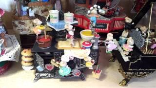 Enesco Music Box Mice Home On The Range