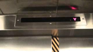 港鐵港島線 上環站關閉54小時 往金鐘列車 升降機編 mtr elevator
