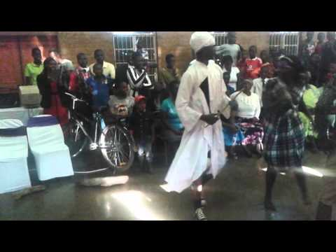 Wedding dance L3