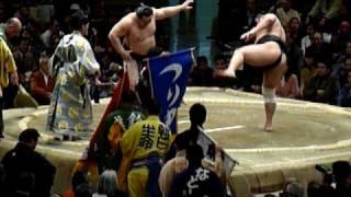 平成21年初場所(中日)朝青龍VS安美錦戦です。 NOKとわ、別アングルで...