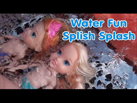 Anna and Elsa Swimming Pool Water Park  Petite Toddlers Playing with Dolls Toys Anna and Sister