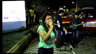 4º Edição do Praça Viva com a Cantora Beatriz Oliveira