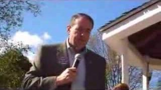 Gov. Mike Huckabee meets a medical marijuana patient--9/29 Thumbnail