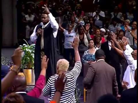Bishop Eddie Long - In His Presence