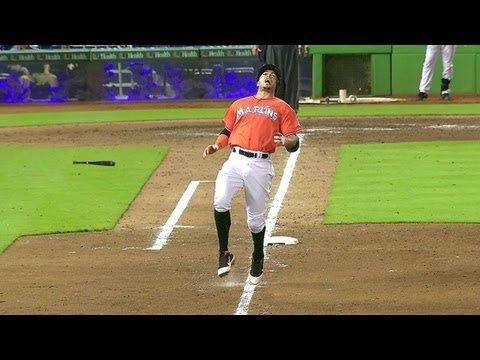 NYM@MIA: Stanton suffers a hamstring injury, exits